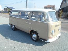フォルクスワーゲン タイプII 1969年モデル クーラー ツインキャブ