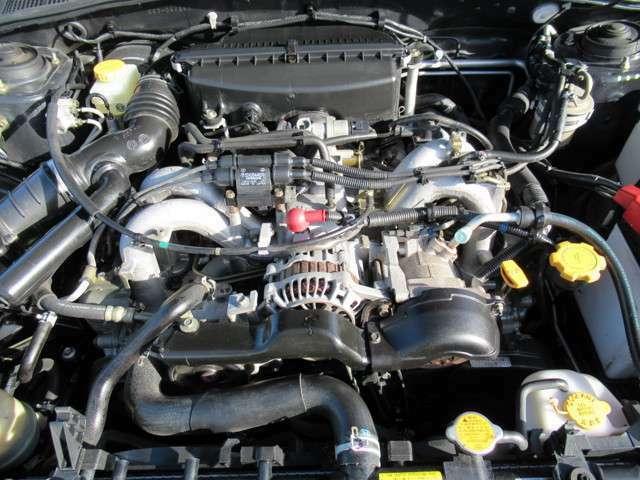1.5L水平対向4気筒SOHC16バルブエンジン!