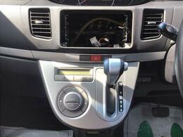 """【オートエアコン】 温度を決めてオートのスイッチを押すだけで、車内温度を快適に保つ""""オートエアコン""""!作動状況もディスプレイにてわかりやすく確認頂けます♪"""