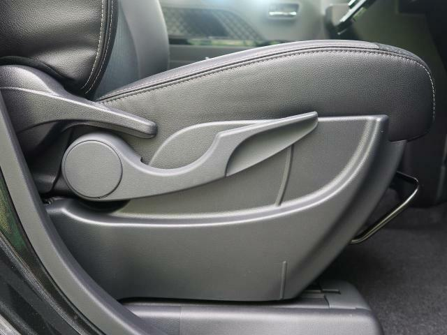 ●シートリフター お好みの高さにシートを調節できます♪ちょうどいい位置へあなたをいざないます☆背の低い方、高い方問いません!どんどん調節してください♪