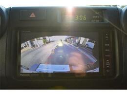 ■バックカメラ付き■駐車も安心■