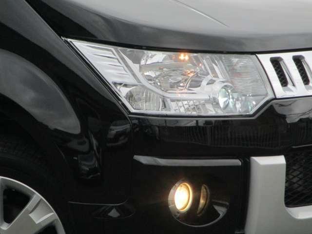 HIDヘッドライト ハロゲンフォグランプ オートライトコントロール コーナリングランプ