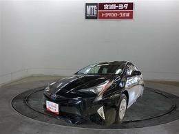トヨタ プリウス 1.8 S セーフティ プラス E-Four 4WD