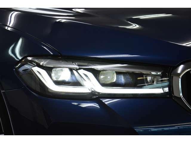 ●お車の御検討とあわせ「ボディ・AWコーティング」や「ガラスフィルム」また「ドライブレコーダー」など付属品のご相談も受け賜わります。