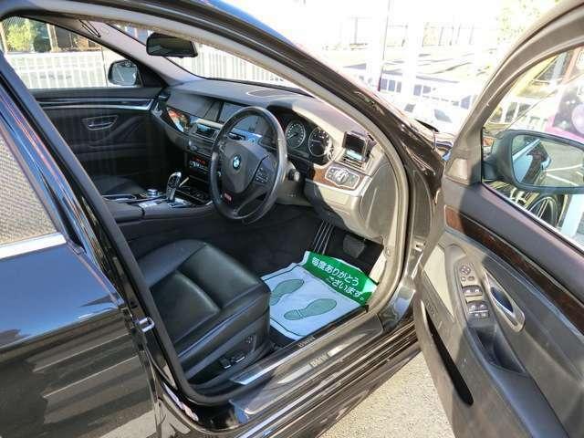 ドレスアップした車の後付部品などですが中古の為、全て現状でお渡しします。保証はありません。気になるものは動作確認しますので事前に聞いて下さい。また鑑定を御確認下さい。(★走行保証付きで安心です)