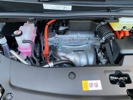 ハイブリッドで低燃費 安全装備も充実