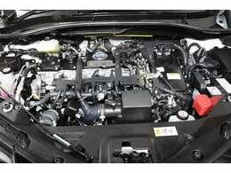 スチームがけでエンジンルームの汚れも綺麗にクリーニング!エンジンルームが綺麗ですと、不具合等の発見もし易く、コンディションのチェックや維持の面でとってもプラスです。ここで気になることをチェック!