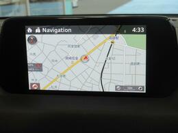 マツダコネクトの7インチWVGAディスプレイ。アンドロイドオート・アップルカープレイ対応しています。センターコンソールのコマンダーコントロールでの操作に加えて、タッチパネルにもなっています。