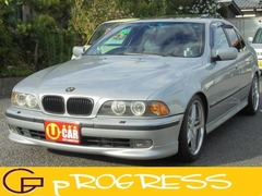 BMW 5シリーズ の中古車 525i 新潟県新潟市西区 24.8万円