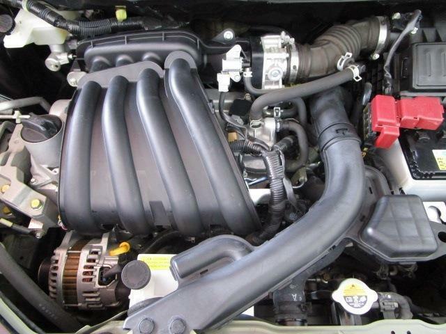 カタログ燃費20.0Km/lの低燃費エンジン!