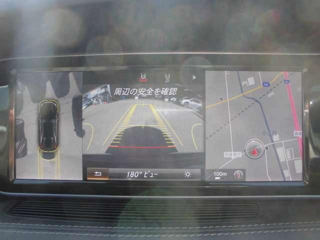 全方位カメラ バックカメラで後方や車両周辺の確認もアシスト