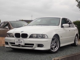 BMW 5シリーズ 525i Mスポーツ ディーラー車