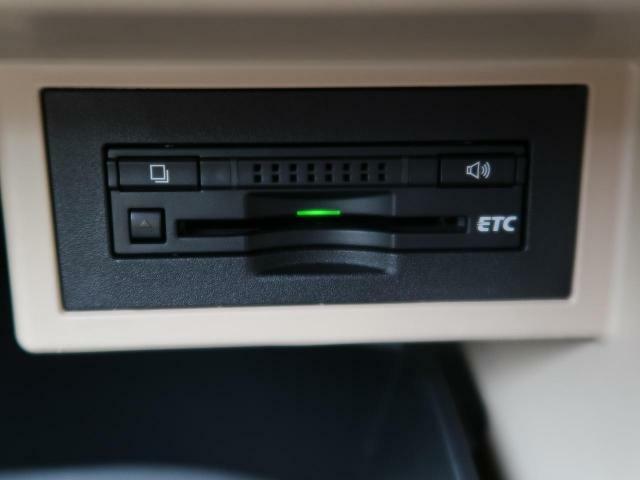 ETCを装備!【ETC装備車輌。高速道路の料金所も停車せず通過できます♪セットアップも当店にて作業可能ですのでご納車当日からご使用いただけます』