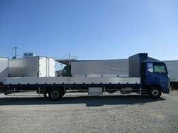 当社は全国各地での登録納車が可能となっております!御見積をご希望の際には迅速にご対応させて頂き、登録地域の陸送費用を御調べさせて頂きます。