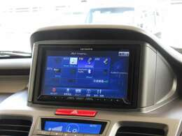 ■社外ナビ■CD/DVD/SD/録音/BluetoothAudio/フルセグなど多数の機能が御座います!ナビ更新も承っておりますので、ご相談下さい♪