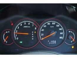 走行距離は49000kmです。長くお乗りいただけますね♪