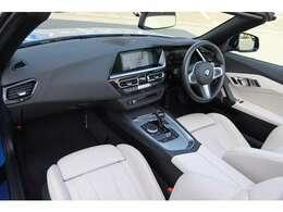 安心のディーラー保証付。最寄りの正規BMWディーラーにて簡単な点検整備を受けて頂き、保証継承していただければ令和4年9月迄、走行距離は無制限にて保証が受けられます。