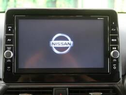 【純正9型メモリナビ】ナビゲーション機能はもちろん、多彩なメディアをお使いいただけます。フルセグTV、Bluetooth接続、CD・DVD再生も可能!