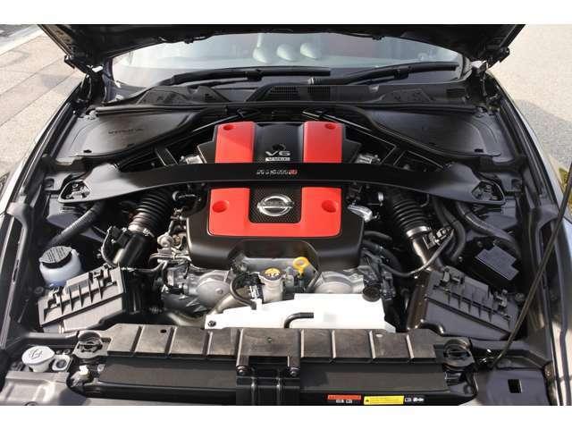 VQ37VHRエンジンは鋭いレスポンスとコントロール性が走るたびにパワーを感じていただく事が出来ます!
