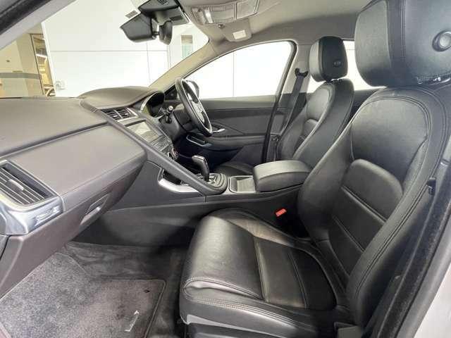 細かく調整できる部分が多くなり、正確なドライビングポジションを設定できます。