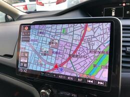 【10型フローティングナビ有機ELディスプレイ】業界初「有機ELディスプレイ」搭載でフルセグTVはもちろん地図画像もくっきり表示。スイング機構搭載で、上下・前後への角度調整可能で使いやすいです!