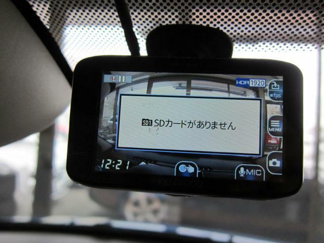 ドライブレコーダー装着済♪