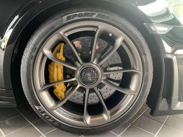 20/21インチ GT2 RS鍛造合金製センターロック付 ホワイトゴールドメタリック塗装(ハイグロス仕上げ)