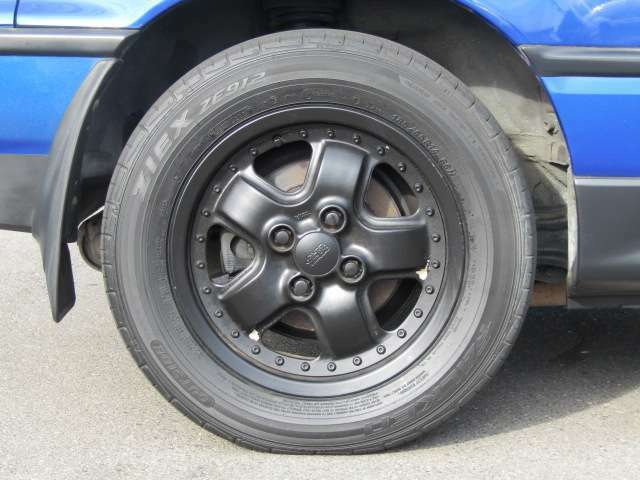 無限14インチアルミホイール185/65R14 【タイヤ交換もお任せください!!】当店では各種、新品タイヤ・アルミも格安で取り扱いいたしております。認証工場完備。車のことならなんでもご相談ください。