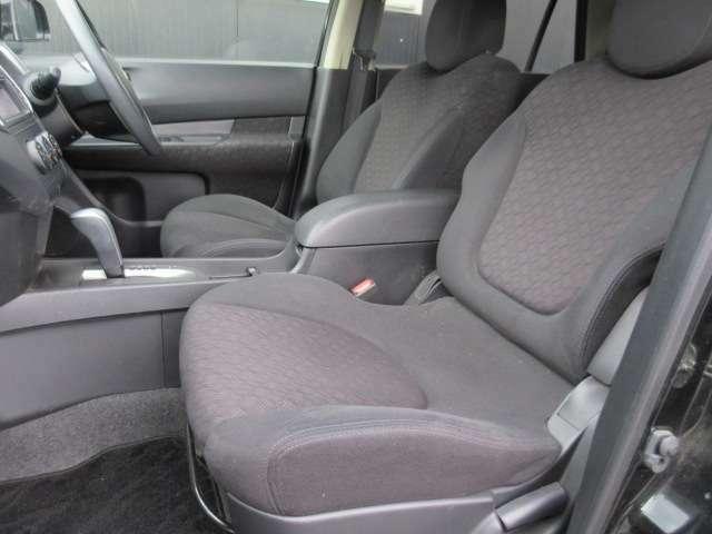 厚みのあるシートとなっており、座り心地もよくゆったりとお乗り頂けます!