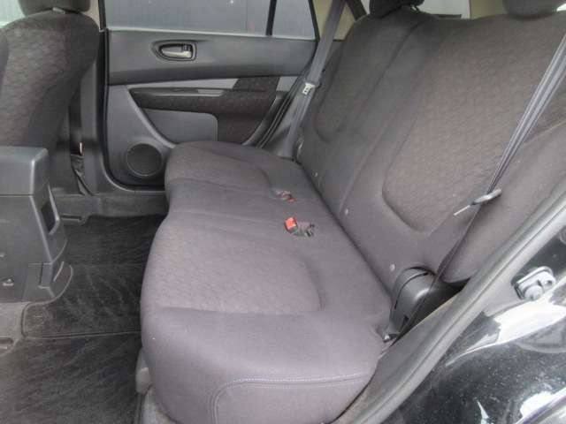 厚みのあるシートとなっており、ゆったりとお乗り頂けます!座り心地も◎!