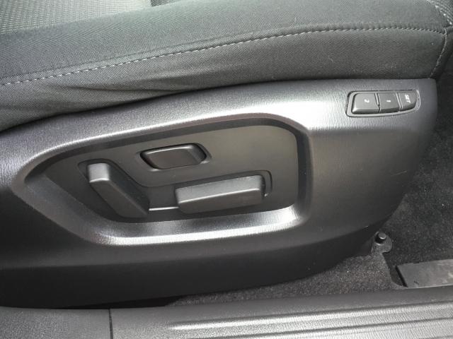 運転席側は、ご自身のシートポジションを記憶させる事ができます。ご主人様と奥様で、それぞれ設定するのもいいですね♪♪