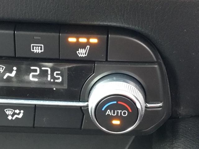 冬場に嬉しいシートヒーター・ステアリングヒーター。早く温まるので嬉しいですね♪