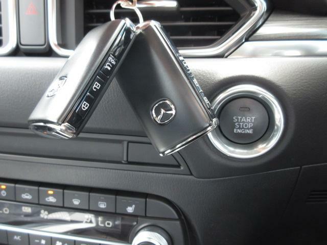 スマートキー◎携帯して車両のボタンでロック開閉やエンジンオンも可能☆お問い合わせは 各務原UL  058-383-2211 まで♪