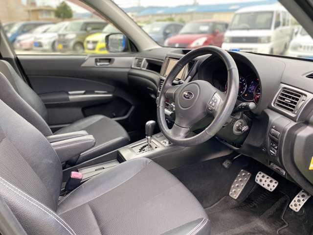 中古車は不安な方も安心してご購入いただけるようにしっかり整備等はさせていただきます。