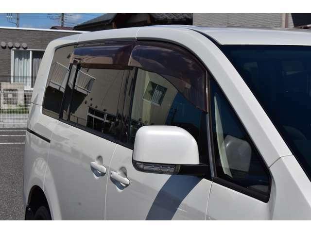 ウィンカーミラー搭載車両で電動格納ミラーの開閉も問題なくします(^^♪