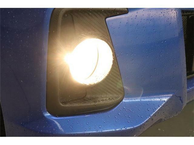 フォグライトもバッチリ装備!HIDヘッドライトと合わせて使えば、夜道がより明るくなりますよ~!