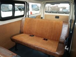 シートカバーはクラフトプラス別注のコーデュロイxビンテージブラウン