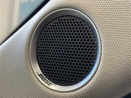 【メーカーオプション:BOSEプレミアムサウンド】車種別の車内音響特性に合わせて設計、開発されており、クリアかつ臨場感あふれるサウンドを体感できます!
