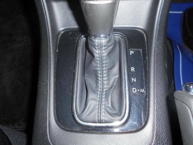 までマニュアル車に乗っていて、自分感覚で変速したい!峠や高速道路で、スポーティーにドライビングを愉しみたい!マニュアルモードで走行すれば、まさにマニュアル感覚!