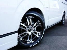 タイヤはDELF02をセレクト! タイヤはナスカーホワイトレタータイヤを合わせています!