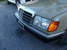 プエブロベージュII【純正色全塗装】 状態良好車両です。フロントグリルのメッキも輝いております。