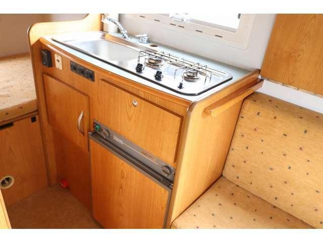 充実したキッチンスペース!3WAY冷蔵庫 電子レンジ