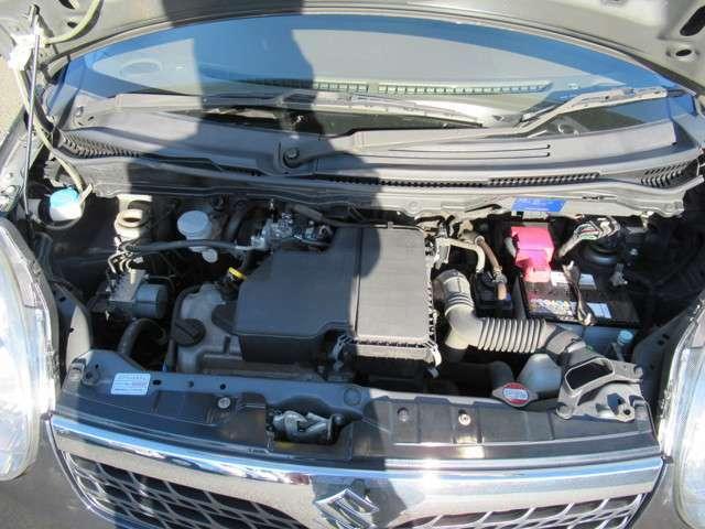 水冷直列3気筒DOHC12バルブエンジン!タイミングチェーン使用です!