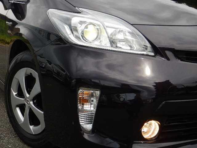 ☆HIDライト☆夜でも視界の確保ができますので事故の危険も軽減できます!安心、安全、そして何より快適なドライブをサポートしてくれます♪
