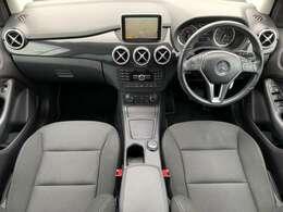 バリューパッケージ/コマンドシステム(フルセグ/Bluetooth/DVD/CD)バックカメラ/ETC/クルコン/車間距離警告/16AW/アンビエントライト/パドルシフト/アテンションアシスト/リアスも