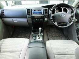 「2.7リッター本格SUV」定員5名しっかり乗れる広い室内、いろいろな用途でお使いいただける、乗りやすいお車です!