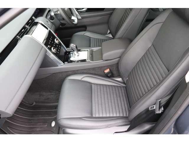 機能的なインテリアデザインは継承しつつ、素材や先進のインフォテイメント・システムにより、ドライバーの受ける印象は大きく向上!