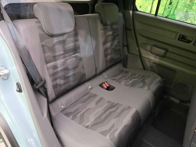 ●セカンドシートも十分なスペースを確保♪