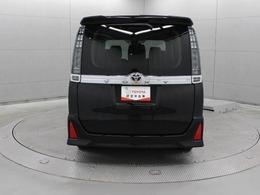 新開発の低床フラットフロアによる革新のパッケージを採用することで、広々空間やノンステップによる子供・高齢者にも優しい乗降性、使い勝手の良い荷室を実現しています。
