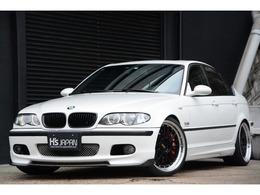 BMW 3シリーズ 330i Mスポーツパッケージ ブレンボブレーキ 6速MT サンルーフ